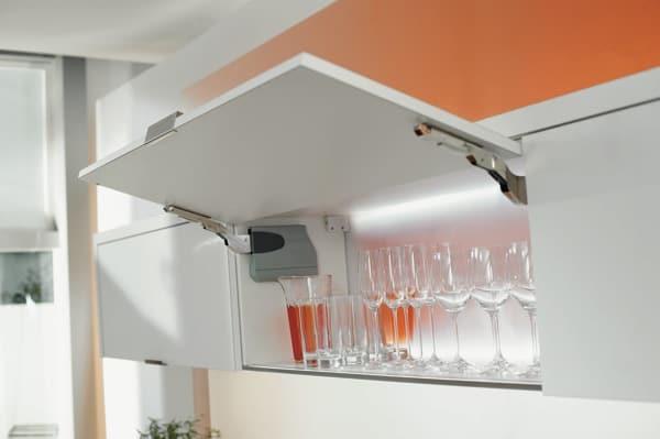 Il comfort in cucina : Braccetti per Ante a Ribalta ...