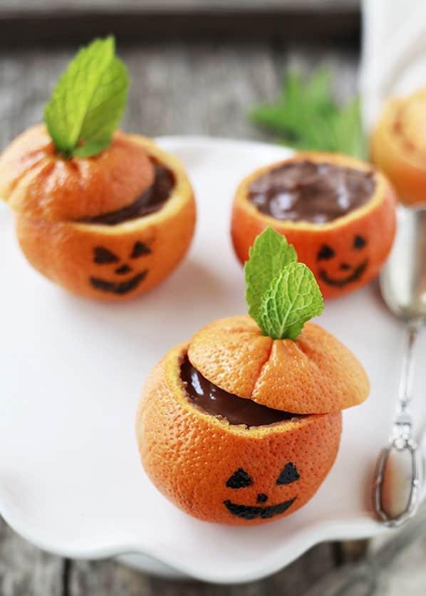 mandarini con budino al cioccolato dolcetti per la notte di halloween