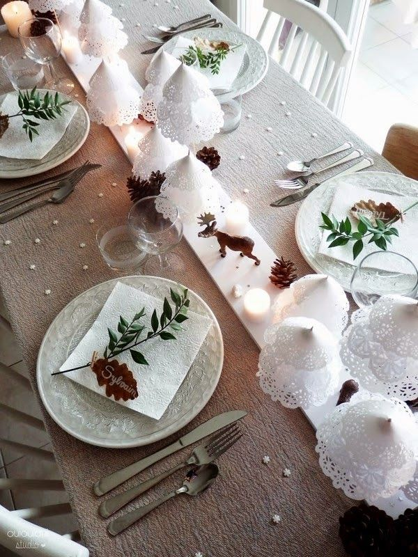 tavola di Natale, decorazioni e segnaposto natalizi