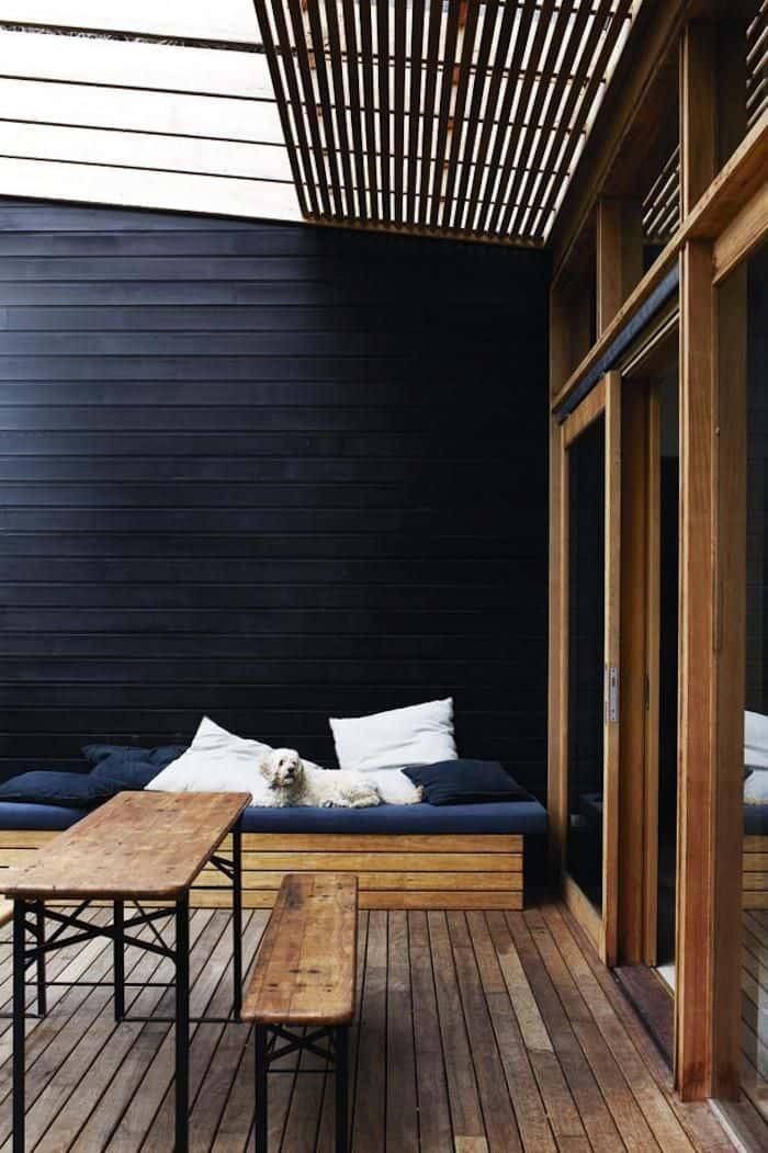 tavoli pieghevoli per occasioni da tenere in casa gambe in ferro piano in legno