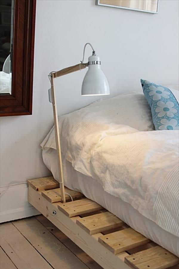Pallet mania il letto fai da te di bancali che ti far for Bancali legno per arredare