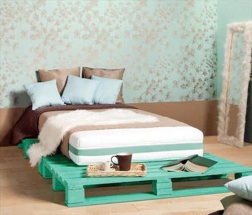 Pallet mania: il letto fai da te di bancali che ti farà sognare !
