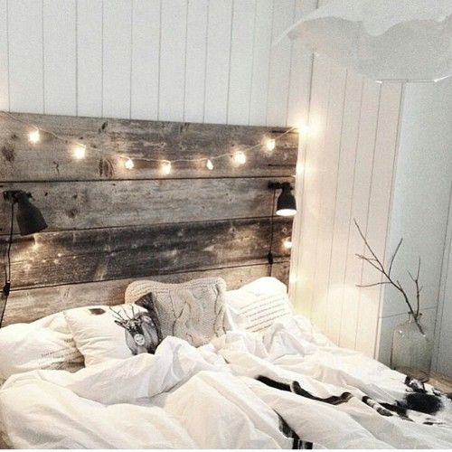 pallet e luci idee fai da te per arredare la camera da letto