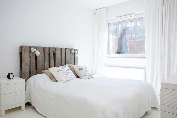 testiera per letto con pallet fai da te idee creative per camera da letto
