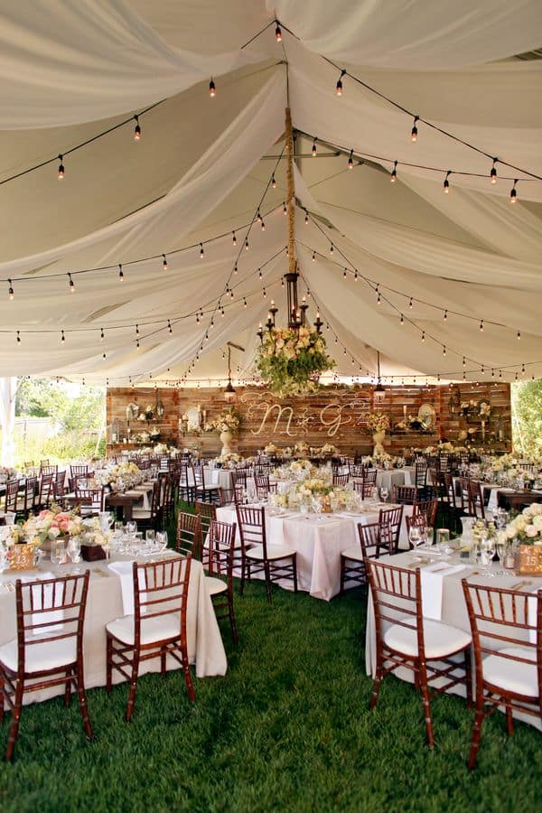 allestimento matrimonio con pallet country chic hippie tavoli invitati