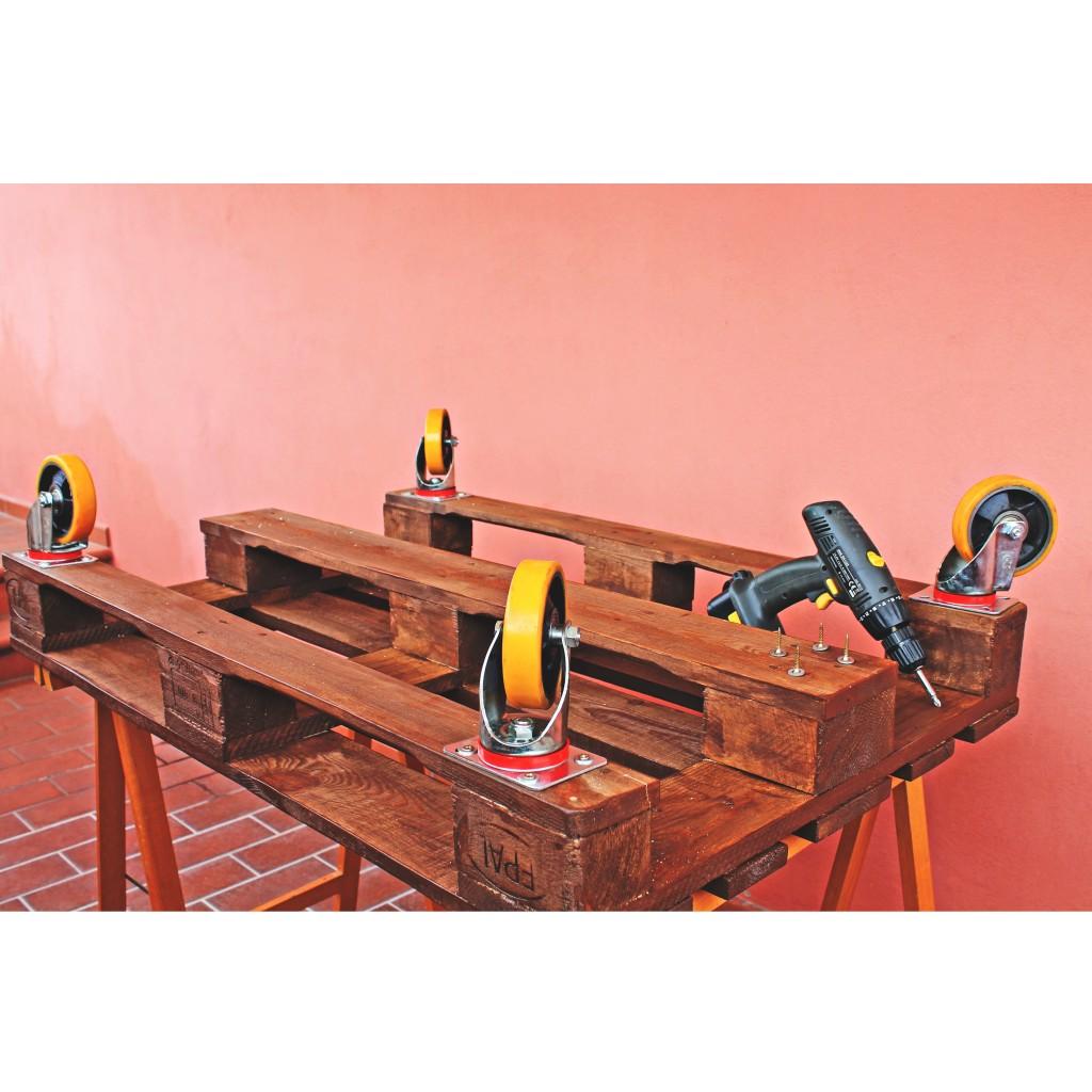 come costruire un tavolo con pallet - Pallet con ruote