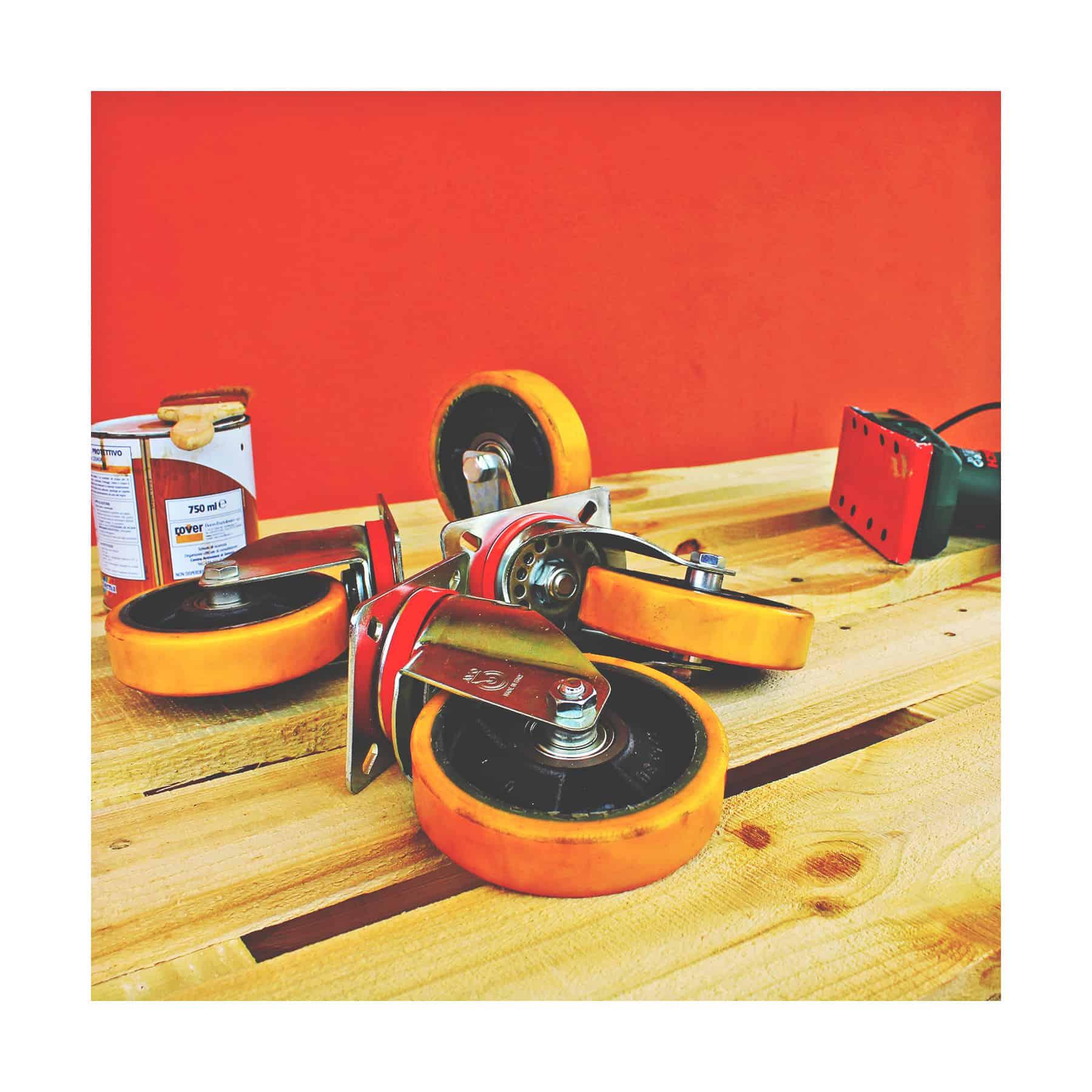 Costruire Un Tavolo Da Giardino In Legno.Tutorial Per Realizzare Un Tavolo Di Pallet By Tuttoferramenta