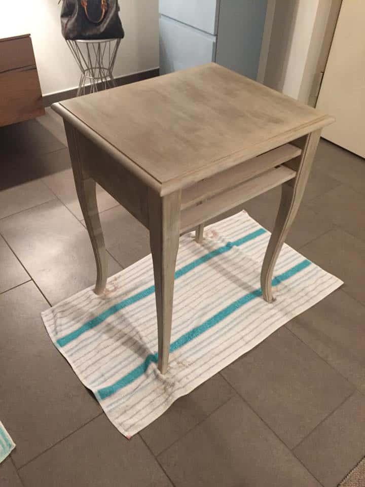 6 - tavolino vintage in legno per ingresso fai da te come colorare mobile vecchio