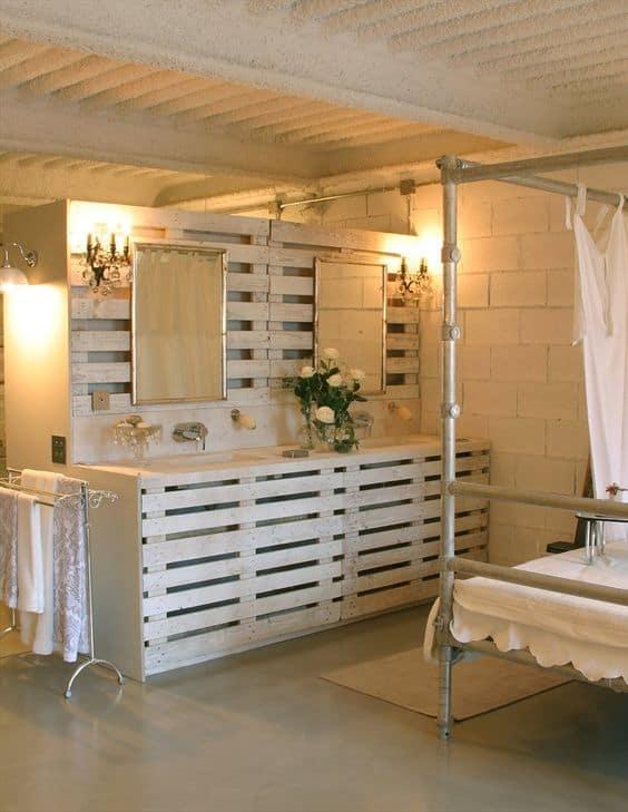bagno di design moderno con bancali in legno idee fai da te accessori ...