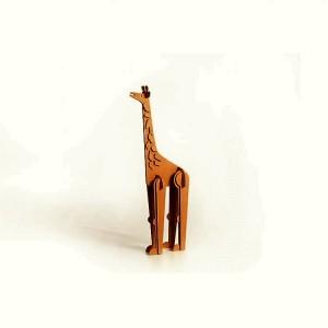 giraffa-in-cartone-giocattoli-per-bambini