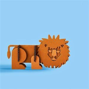 leone-in-cartone-giocattoli-per-bambini