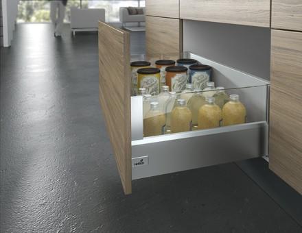 cassettone scorrevole cucine con sponde alte trasparenti