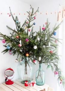 albero-di-natale-a-prova-di-gatto-con-rami-abete-2