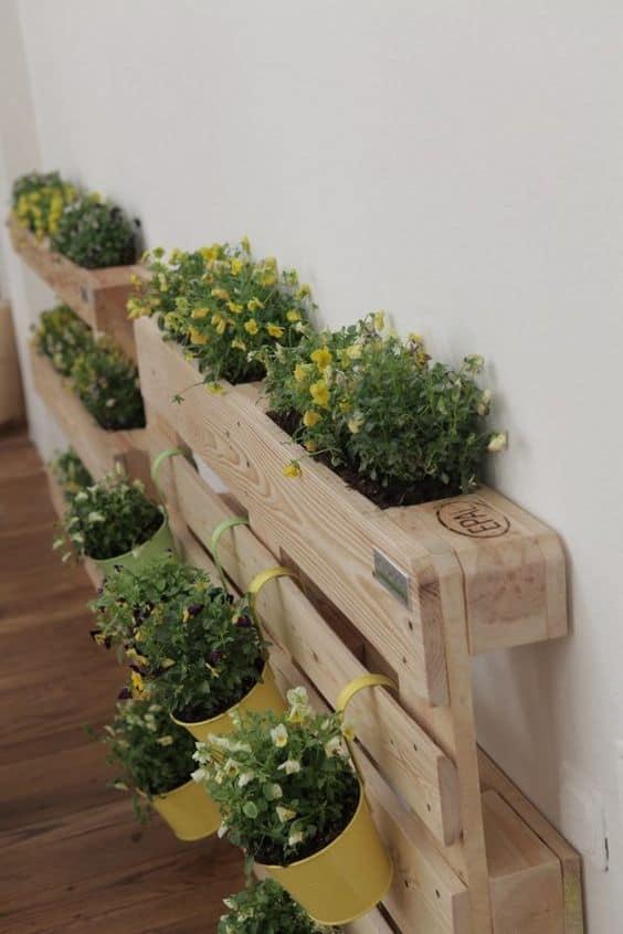 arredo pallet porta fiori per giardino e terrazzo