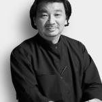 """Shingeru Ban """"Il suo lavoro si concentra soprattutto sullo sviluppo di tecnologie che utilizzano materiali poveri"""