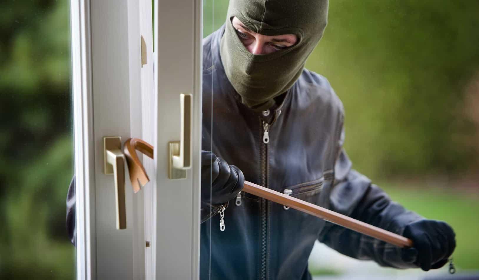 Rendi sicura la tua casa con i sistemi antiscasso per le maniglie finestre